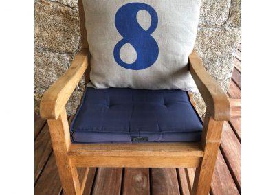 8-sur-fauteuil