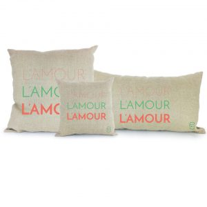 l'amour l'amour l'amour coussin lin peint à la main made in France
